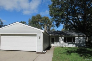 3 Bedrooms Bedrooms,Single Family Home,1099